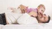 Jadi Ayah Baru Emang Gak Mudah, Jadi Pelajarilah 12 Hal Ini Untuk Persiapanmu