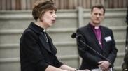 Uskup Ini Ingatkan Gereja Inggris Berhenti Pakai 'He' Untuk Tuhan