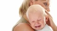 Sulit Redakan Tangis Bayi, Coba Dengan Cara Ini!
