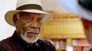 Aktor Pemeran 'Tuhan' Ini Kelilingi Dunia Demi Menguak Misteri Ilahi