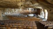 Gereja Terbesar Dunia Ini Sanggup Tampung 70.000 Jemaat Setiap Minggu
