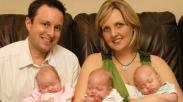 Kehilangan Tiga Anak, Pasangan Ini Malah Dianugerahi Anak Kembar Tiga