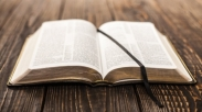 Orang Kristen Wajib Tahu Pembagian Kitab Alkitab Ini