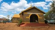 Negara Ini Cat Masjid dan Gereja Dengan Warna Kuning