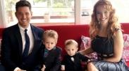 Putranya Sembuh dari Kanker, Istri Michael Buble Ucapkan Ini Pada Tuhan