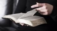 11 Alasan Mengapa Kita Harus Membaca Alkitab