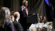 Fanatisme Berlebihan? Penulis Ini Klaim Trump Sebagai Kepala Gereja