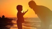 Karena Sebuah Janji, Ayah Ini Selamatkan Putranya dari Runtuhan Gedung