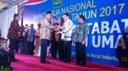 Umat Beragamanya Hidup Rukun, Walikota Tomohon Raih Harmony Award
