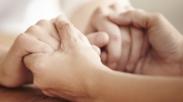 Kamu Sulit Mengampuni? 7 Kisah Pengampunan Ekstrim Ini Patut Dibaca