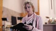 Mantan Bintang Film Porno Ini Tinggalkan Gemerlap Dunia Demi Menjadi Pendeta