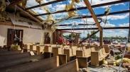 Ajaib! 45 Jemaat Gereja Ini Selamat Saat Badai Tornado Hantam Gerejanya