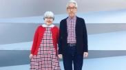 Serasinya! Selama 37 Tahun, Pasangan Ini Kenakan Busana Matching Tiap Hari Loh..