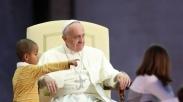 Bocah Cilik Ini Kirim Surat buat Paus, Inilah Balasan Mengejutkan yang Ia Terima
