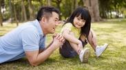 Begini Cara Jawab Pertanyaan Nyeleneh Anak yang Bikin Orangtua Terdiam