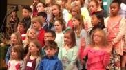 Nyanyi Bareng Paduan Suara Gereja, Aksi Gadis 6 Tahun Ini Malah Jadi Viral