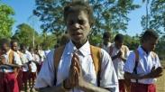 Keren, Tradisi 'Wajib Berdoa' Bakal Masuk Pergub Papua Tahun Depan Loh!