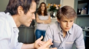 Anak Tumbuh Bandel dan Bikin Malu Keluarga? Jangan Nyerah Meski Sudah Berdoa Ya, Mom!