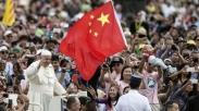 Rezim Komunis China Larang Warganya Kunjungi Vatikan