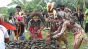 Rayakan Natal Dengan Cara Berbeda, Berikut 9 Tradisi Natal Unik di Indonesia (Part 2)