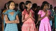Karena Iman, Dua Remaja Bersaudara Laos Ini Diperlakukan Keluarga Secara Tak Manusiawi