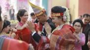 Heran Ribetnya Adat Batak, 3 Acara Nikahan Batak Ini Pun Jadi Viral di Sosmed