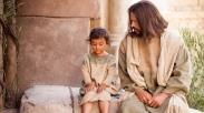 Selalu Gagal Berinteraksi dengan Anak, Yuk Tiru Cara Yesus Ini Aja!