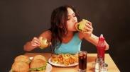 Benar Gak Sih Stres Berkaitan Sama Peningkatan Berat Badan? Ini Jawaban Para Ilmuwan