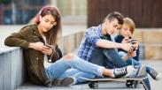 Para Ayah, Sampaikanlah Nasihat Ini Buat Putri Remajamu Soal Pacaran yang Benar