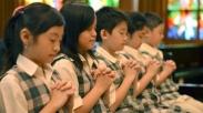 10 Alasan Kenapa Orangtua Pilih Masukkan Anak ke Sekolah Kristen