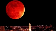 Juli Ini Akan Muncul Blood Moon, Apakah Pertanda Kiamat Lagi?