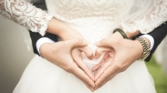 Dosa Gak Sih Seks Pra-Nikah? 9 Ayat Alkitab Ini Kasih Jawabannya…