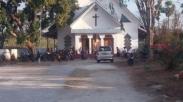 Terjadi Bentrok, Warga di Dua Desa Kupang Ini Ditampung di Gereja