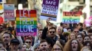 Kata Alkitab: Cara Menyikapi Mereka Yang Terlibat Dengan Homoseksual