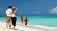 Saat Bawa Anak Liburan ke Pantai, Jangan Abai dengan Tanda-tanda Tsunami Ini