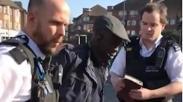 Kabarkan Injil di Jalanan, Pria Ini Malah Dituduh Rasis, Kok?