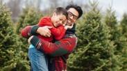 Inilah 10 Hal yang 'Bisa' dan 'Gak Bisa' Dilakukan Seorang Ayah Kepada Anaknya…