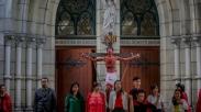 Meriahnya Perayaan Jumat Agung di Gereja Katedral, Gereja Tebet dan Gereja Larantuka Ini..