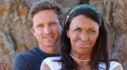 Meski Luka Bakar Hancurkan Wajah Istrinya, Cinta Michael Hoskin Tak Berkurang Sedikitpun