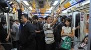 Perempuan Rentan Dilecehkan di Transportasi Umum, Begini 5 Tips Biar Gak Jadi Korban