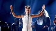 Koleksi Piala, Lauren Daigle Sabet Penghargaan dari Billboard Music Awards