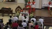 Genap Setahun, Gereja Santa Maria Tak Bercela Peringati Bom Surabaya Dengan Suasana Ini…