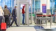 Lewati Pemindaian di Bandara, Bahayakah Radiasinya Bagi Tubuh?