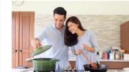 Ini yang Suami Harus Tahu Beratnya Beban Istri Jadi Ibu Rumah Tangga