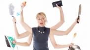 7 Cara Istri Sibuk Tetap Bisa Bikin Suami Bahagia