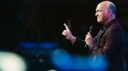 Greg Laurie Sebut Kebangunan Rohani Berikutnya Akan Terjadi Lewat Internet