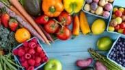Jangan Sembarang Makan! Pilih Makanan Ini Untuk Tingkatkan Energi dan Mood Selama di Rumah