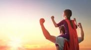 Untuk Semua Ayah, Terima Kasih Karena Sudah Mau Jadi Pahlawan Buat Anakmu