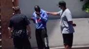 Berhati Mulia! Begini Aksi Aktor Denzel Washington Bantu Seorang Tunawisma Dari Bahaya