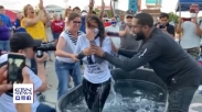 Tepat di Pusat Demonstrasi Minneapolis, Banyak Orang Putuskan Terima Yesus dan Dibaptis